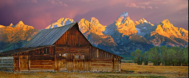 9224,-Teton-Barn-and-Mauve-Dawn,-30x40